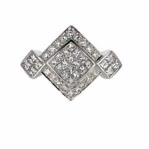 טבעת זהב-לבן 18 קראט, משובצת יהלומים