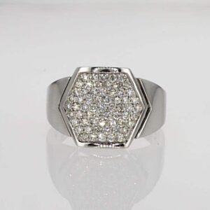 טבעת יהלום מעוצבת זהב לבן 18 קראט