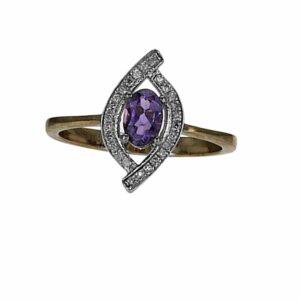 טבעת אמטיסט 0.4 קראט, זהב-צהוב 14 קראט, משובצת יהלומים