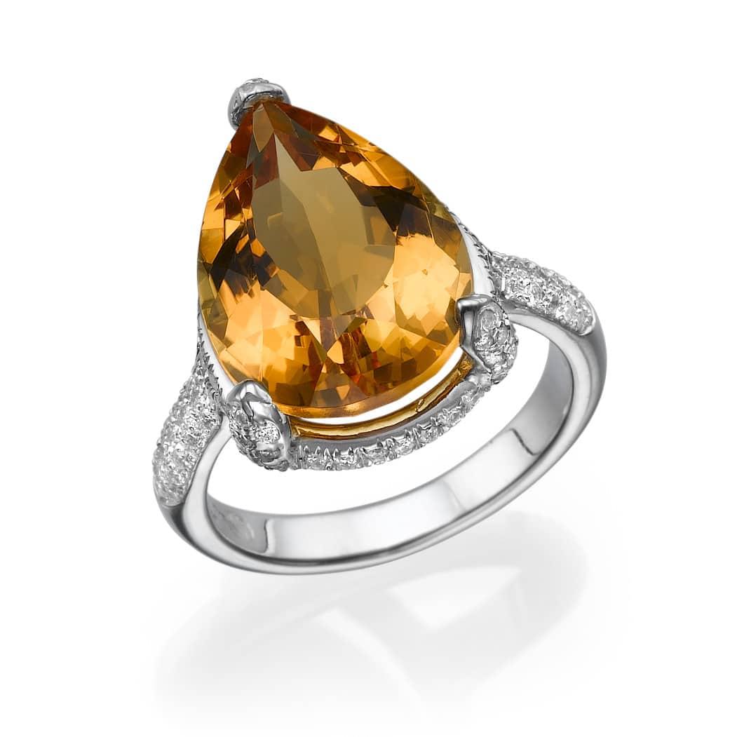 טבעת סיטרין 8.55 קראט, זהב-לבן 18 קראט, משובצת 0.48 קראט יהלומים