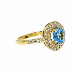 טבעת בלו טופז 1.40 קראט, זהב-צהוב 14 קראט, משובצת 0.63 קראט יהלומים