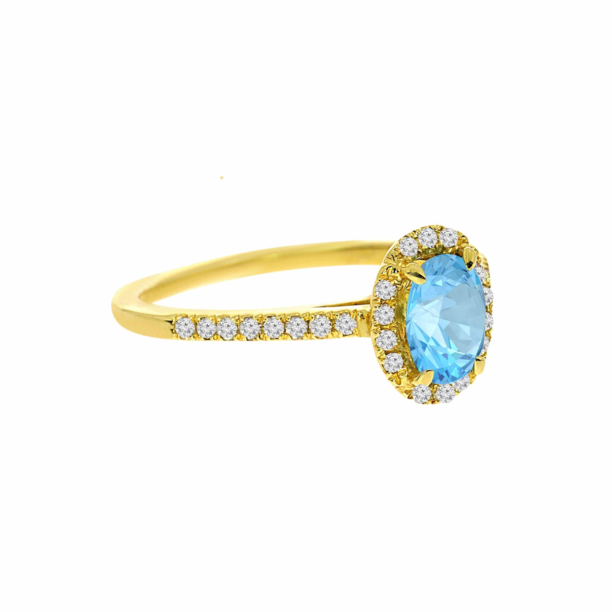 טבעת בלו טופז 0.87 קראט, זהב-צהוב 14 קראט, בשיבוץ 0.22 קראט יהלומים