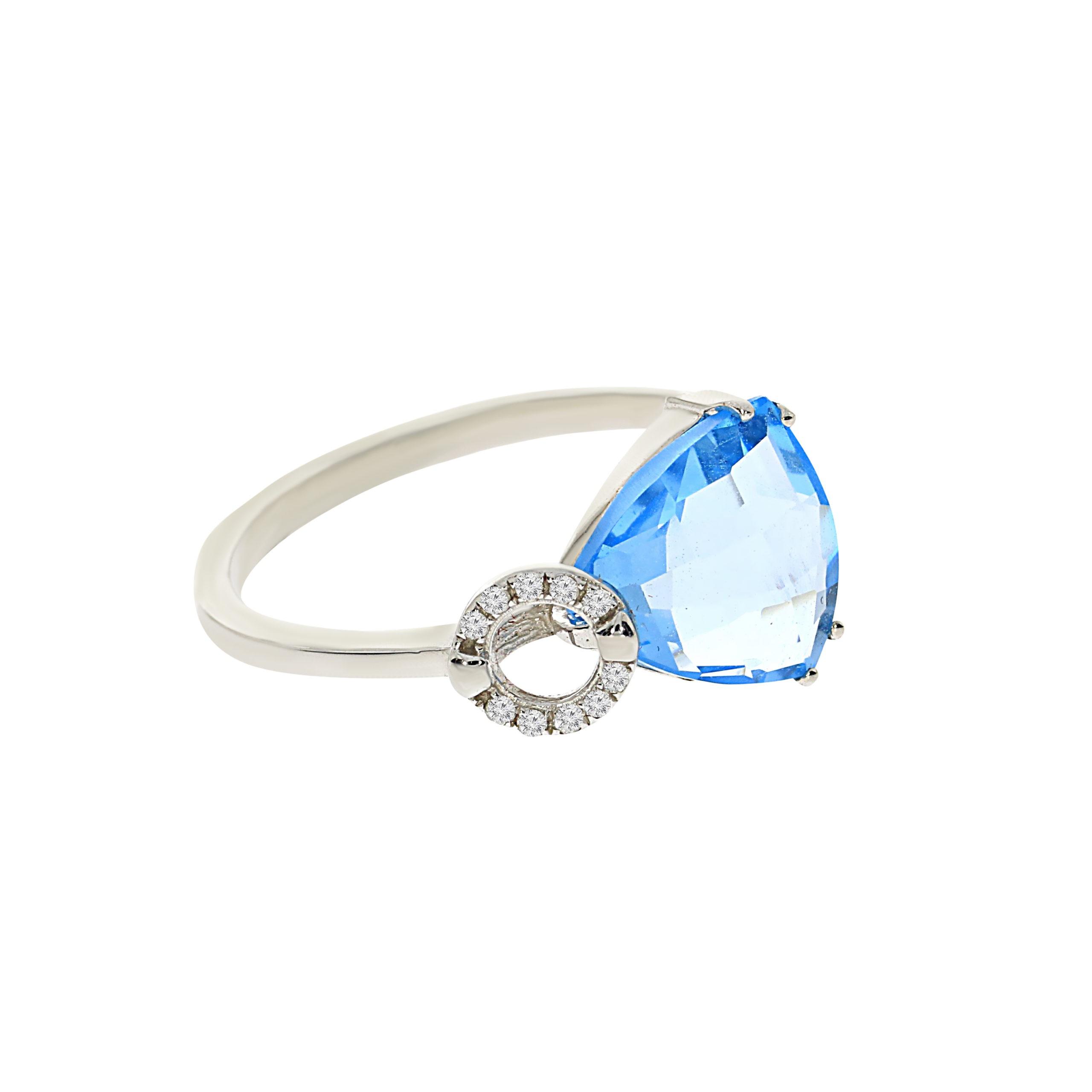 טבעת בלו טופז 2.73 קראט, זהב-לבן 14 קראט, בשיבוץ 0.02 קראט יהלומים
