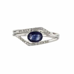 טבעת ספיר 0.76 קראט, זהב-לבן 14 קראט, משובצת 0.16 קראט יהלומים