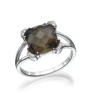 טבעת סמוק טופז 3.08 קראט, זהב-לבן 14 קראט,משובצת יהלומים