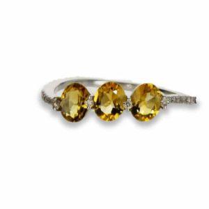 טבעת סיטרין 0.84 קראט, זהב-לבן 14 קראט, משובצת 0.06 קראט יהלומים