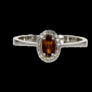 0.25 carat citrine ring, 18 carat gold-white, set with 0.11 carat diamonds