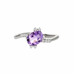 0.79 carat amethyst ring, 14 carat white-white, set with 0.10 carat diamonds