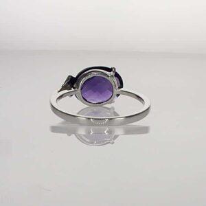 טבעת אמטיסט 0.37 קראט, זהב-לבן 14 קראט, משובצת 0.15 קראט יהלומים