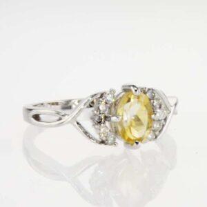 טבעת סיטרין 0.80 קראט, זהב-לבן 14 קראט, משובצת 0.20 קראט יהלומים