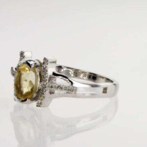 טבעת סיטרין 0.88 קראט, זהב-לבן 14 קראט, משובצת 0.14 קראט יהלומים