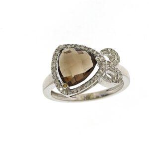 טבעת סמוק טופז 1.91 קראט, זהב-לבן 14 קראט,משובצת יהלומים