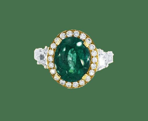 טבעת אמרלד 4.16 קראט, זהב-לבן 18 קראט, משובצת יהלומים