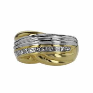 18 karat white and yellow Gold Ring, set with Diamonds
