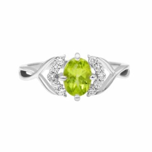 0.82 carat Peridot Gemstone, 14 karat white Gold Ring set with Diamonds